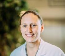Dr. Famke Vanderhauwaert